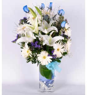 mavi güller beyaz lilyum